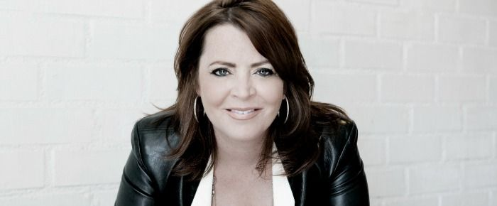 Really fun interview with comedian Kathleen Madigan: she talks Netflix, friend Lewis Black, Sally Lunchbox and more!