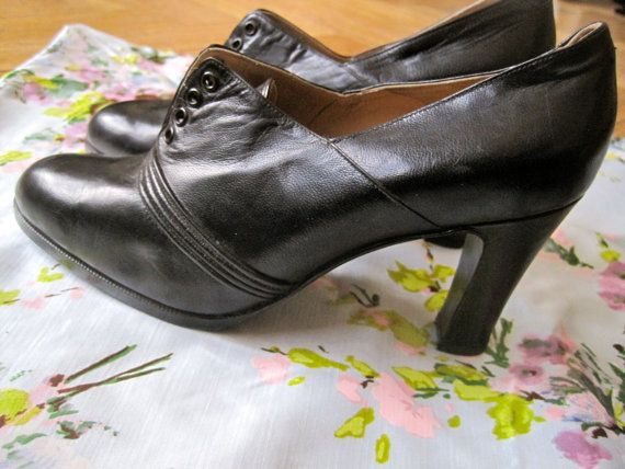 vintage 1930s high heel shoes unworn by whiteandpink on Etsy