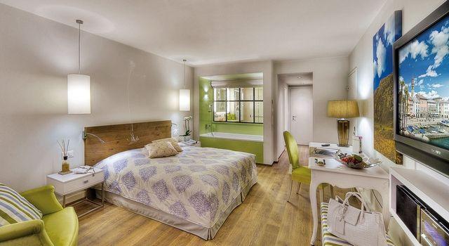 Wohnen nach wunsch mit Innenarchitektur Schlafzimmer von Appia Contract. See more: http://wohnenmitklassikern.com/innenarchitekten/wohnen-nach-wunsch-mit-innenarchitektur-schlafzimmer-von-appia-contract/