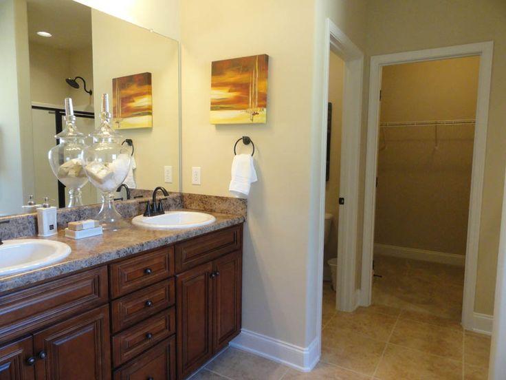 83 best master suites images on pinterest master suite for Closet bathroom suites