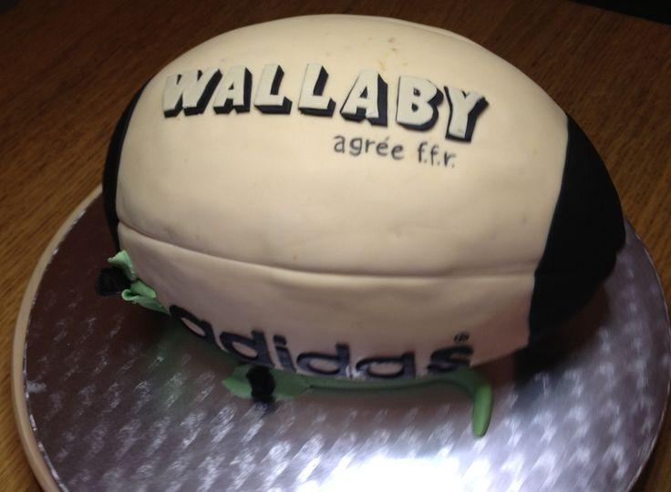 Les 25 meilleures id es de la cat gorie g teau de rugby sur pinterest gla a - Ballon rugby chocolat ...