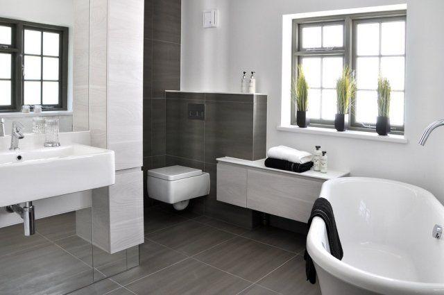 Examinez les 101 photos de salle de bains moderne dans notre galerie et laissez-vous inspirer ! Minimaliste, zen, luxueux ou quel que soit le style de votr
