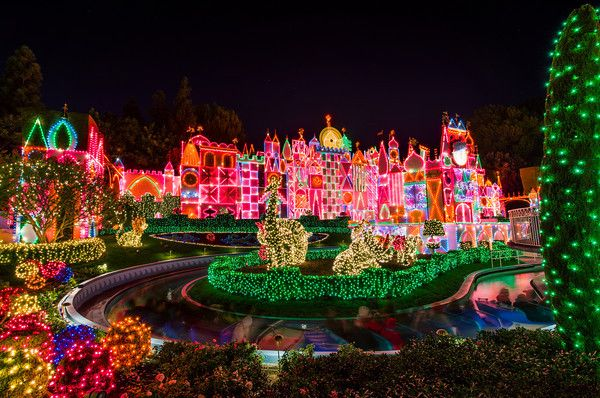 Top 10 Disneyland Rides at Night - Disney Tourist Blog