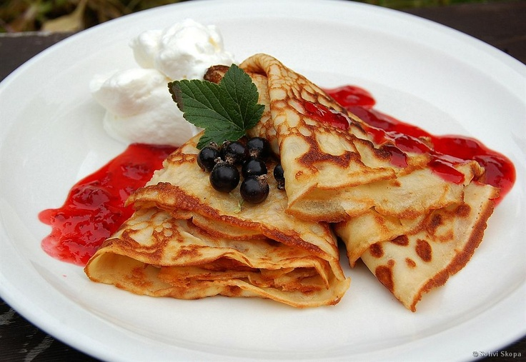Letut, Finnish-style crepés with strawberry jam and whipped cream. Delicious.