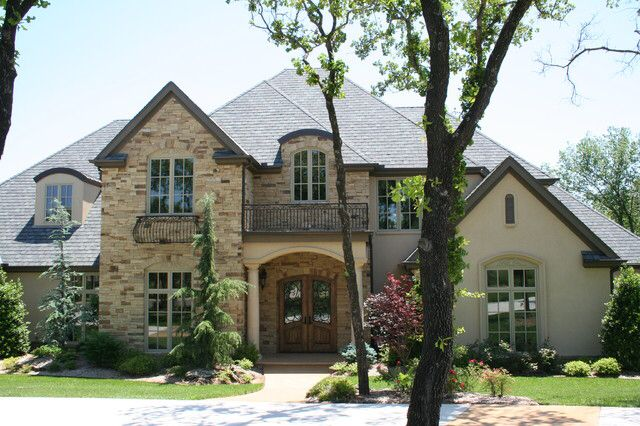 Love this exterior stucco and stone stone and stucco for French country home exterior designs