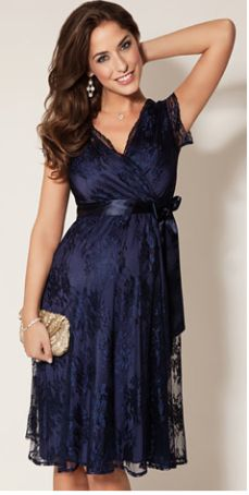 Gorgeous maternity wear and style! Pregnancy must have dresses
