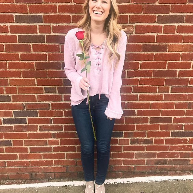 Here's to another year older 🍾  oh and happy ❤️ day y'all! - Kelsey Lamb on Instagram (valentines day outfit)     #ootd #ootdnashville #ootdpink #kelseylamb #kelseylambmusic #countrysinger #nashville #nashville style