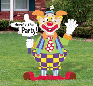 Clown Party Sign Woodcraft Pattern Make this colorfully dressed clown and set him by the street-your guests will definitely know where the party is! #diy #woodcraftpatterns