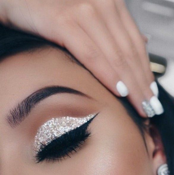 43 Best Lovely Silver Glitter Eye Makeup Idea For Prom And Wedding