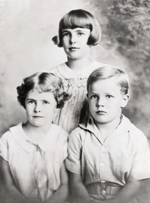 Young Marlon Brando with his sisters, Jocelyn & Frannie