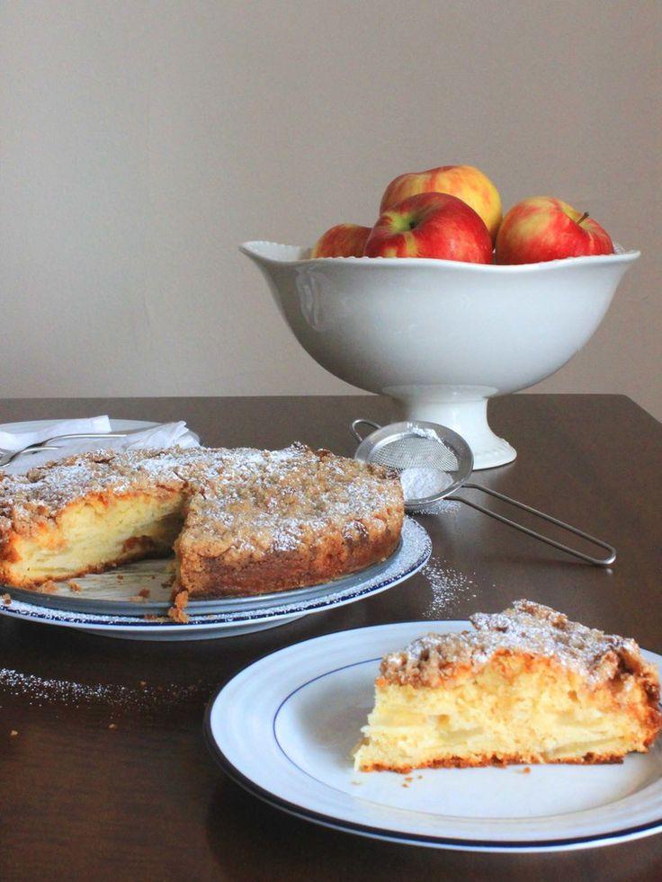 Apple Cinnamon Yogurt Cake