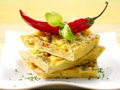Tortilla met aardappel en puntpaprika (Libelle Lekker!)