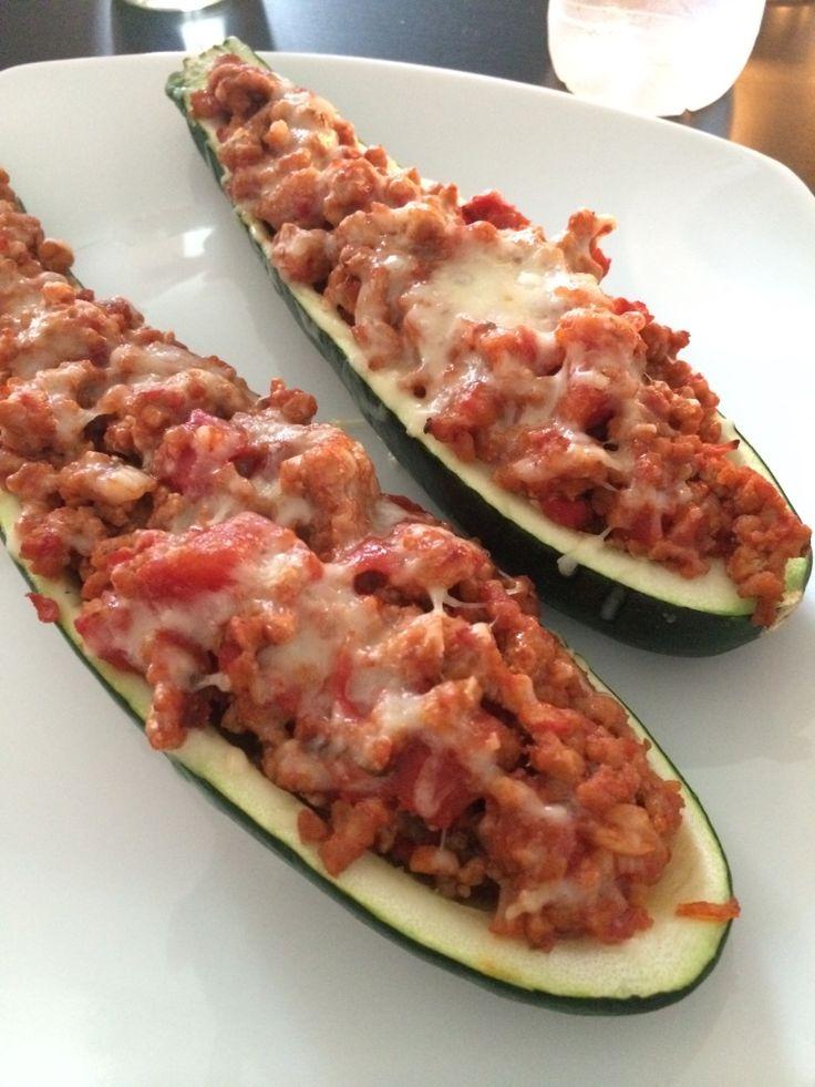 Squash fyldt m/ hakket svinekød i tomatsauce - Mit Liv Uden Stivelse