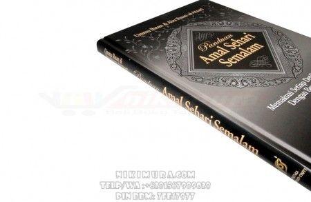Buku Islam Panduan Amal Sehari Semalam - Buku yang berisi panduan dan amalan-amalan bagi aktivitas muslim sepanjang siang dan malam, sesuai dengan yang dicontoh kan Rasulullah Shallallahualaihi wa Sallam. Selengkapnya ada di buku ini.  Rp. 75.000,-  Hubungi: +6281567989028  Invite: BB: 7D2FB160 email: store@nikimura.com  #bukuislam #tokomuslim #tokobukuislam #readystock #tokobukuonline #bestseller #Yogyakarta #panduanamalan