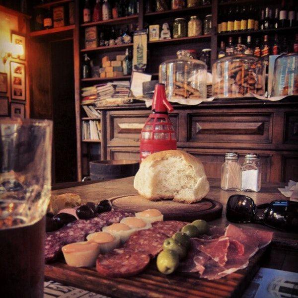 La Poesía Café, Bar, and Argentinian Restaurant, San Telmo, Buenos Aires