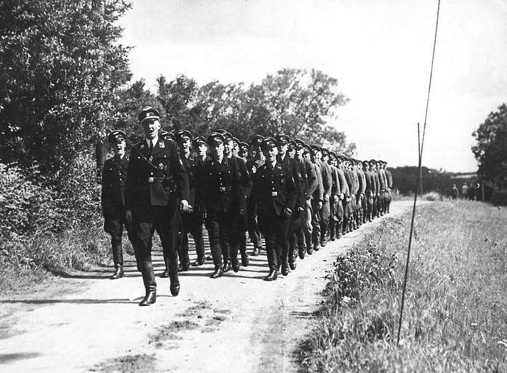 Sjælden nazifilm fra 2. Verdenskrig dukket op | TV 2 Lorry