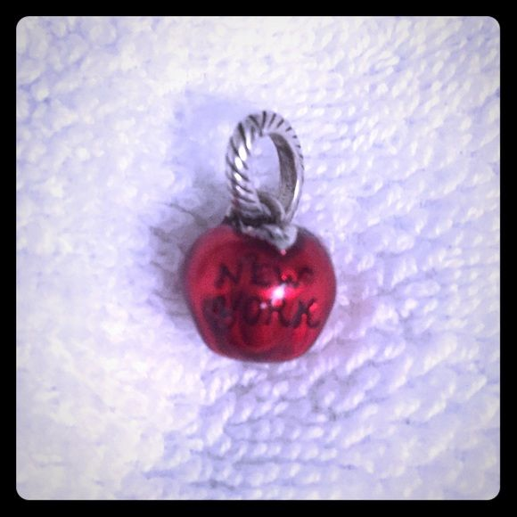 brighton limited edition apple new york charm a well