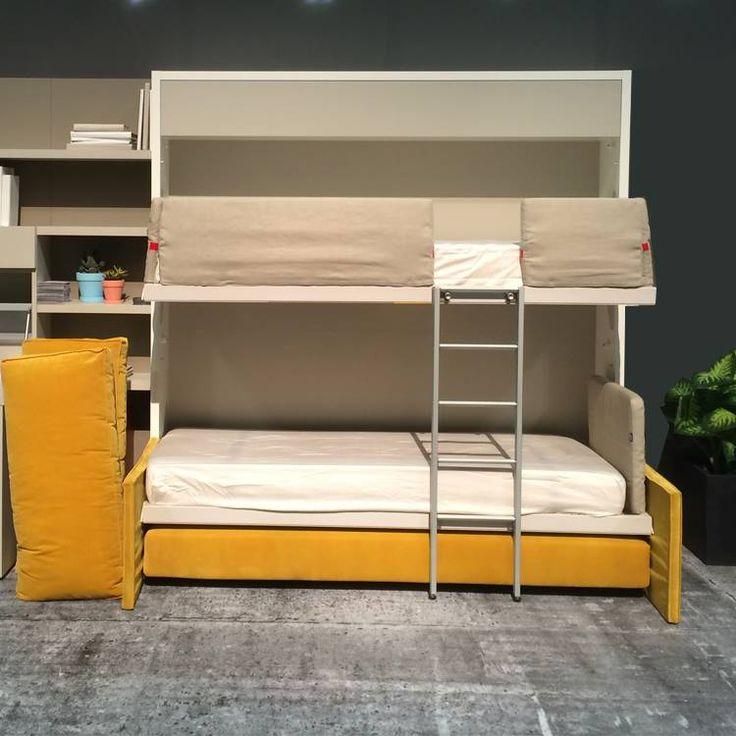 Våningsväggsäng / sängskåp med soffa. Bunk wall bed with sofa.