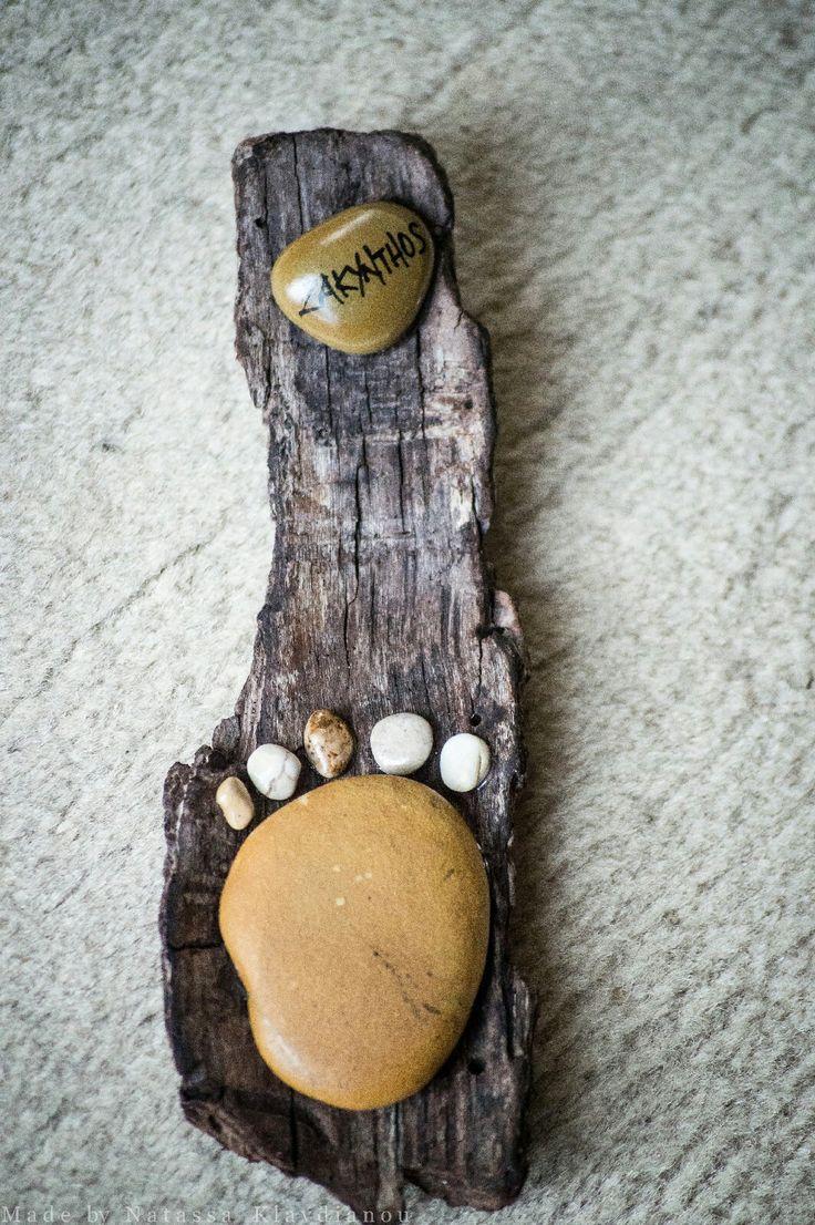 pebble art,driftwood art