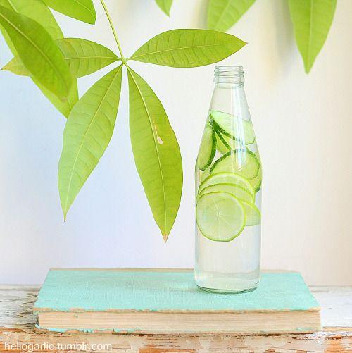hello detox water!Photography and styling by Panka Milutinovits / hello garlic!