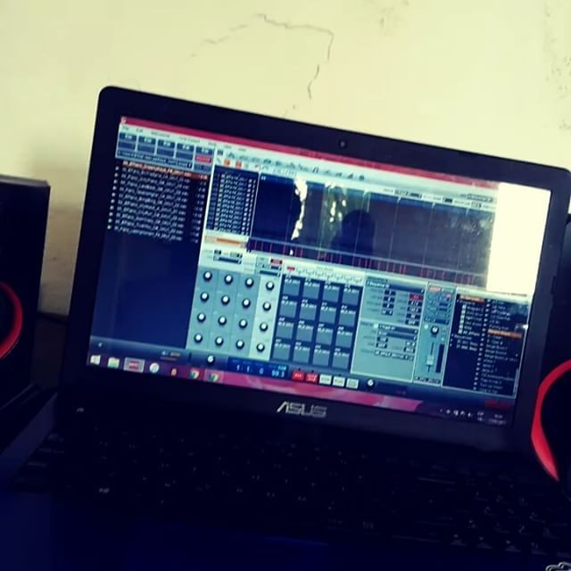 S/o to @gurusonido Morning vibes #instrumental #beats #beatmaking #beatmaker #soundoracle @soundoracle Credit: https://www.instagram.com/p/BQm9eY_jwwI/?tagged=soundoraclehl=en