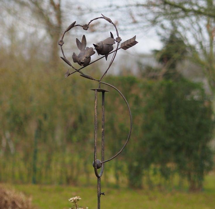 Tuinsteker balans hart met vogeltjes