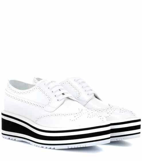 Richelieus en cuir à plateforme Wingtip | Prada | Shoes mens ...