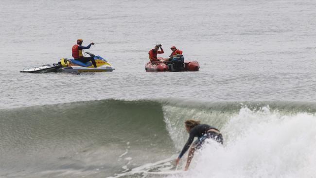 Fears for missing swimmer at Hawks Nest | DailyTelegraph