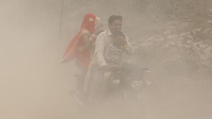 Behörden kündigen Notmaßnahmen an: Neu Delhi versinkt im Smog