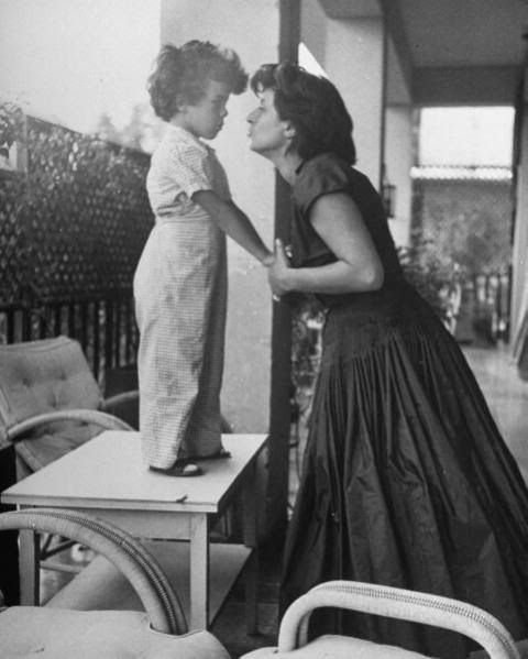 Anna Magnani photo AnnaMagnani.jpg