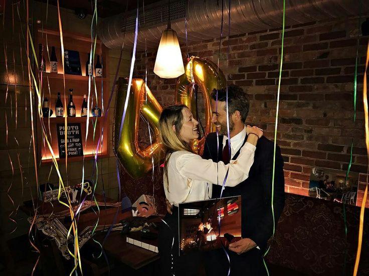 SPOTTED: #RyanReynolds celebrating his 40th birthday with wife #BlakeLively this week at the place that they fell in love💞! What a cute couple!! • • • • • • • • • • • • • • • • • • • • • • • • • • • • • •  FLAGRADO: #RyanReynolds comemorando seu aniversário de 40 anos com a esposa #BlakeLively esta semana no lugar que eles se apaixonaram💞! Que casal lindo!!