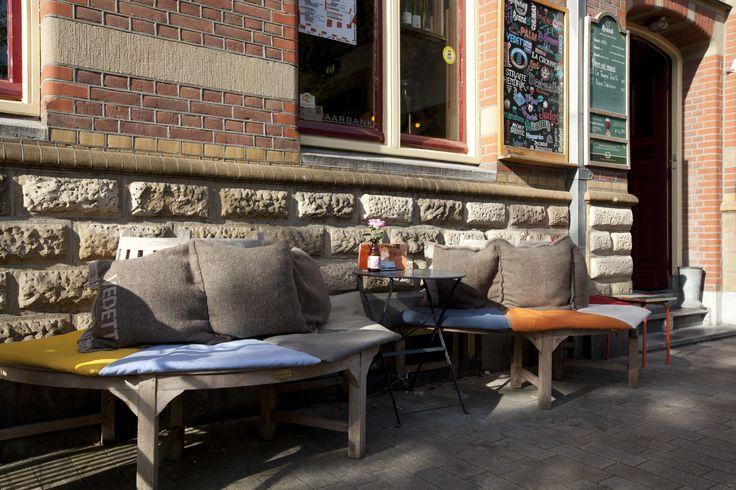 Stadscafe de Spaarbank, Tilburg (Big Pillows furniture) outdoor lounge