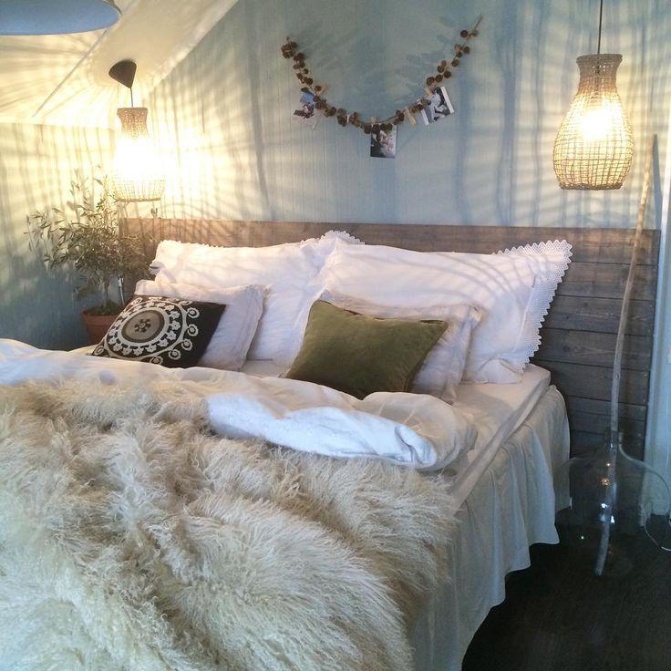 My bedroom malt i #mintybreeze fra @jotunlady            #my#bedroom#diy#sengegavel#interor#roomforinspo#boligpluss#homeandcottage#vakrehjemoginteriør#kremmerhuset#finahem#love#interordesign#pledd#fra @millemoiinterior @vakrerom