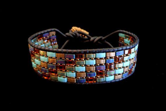 Zwart leer Wrap armband met multi-gekleurde helft door beadbound