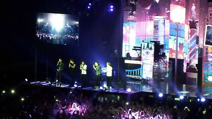 One Direction - Change My Mind @ KöPi-Arena Oberhausen (04.05.2013)