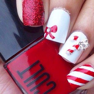 #Christmas #Holiday CandyCane #nails nailart