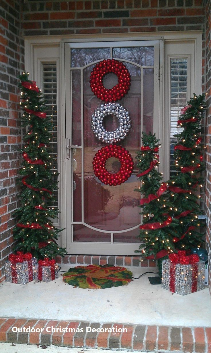 Outdoor Christmas Decoration 2020 in 2020 | Outdoor christmas