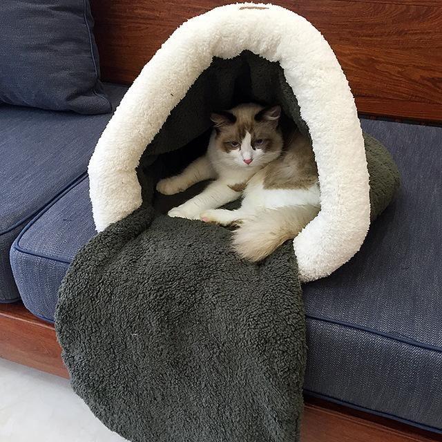New Pet Cat Bed Small Dog Puppy Kennel Sofa Polar Fleece Material Bed Pet Mat Cat House Cat Sleeping Bag Warm Nest High Quality