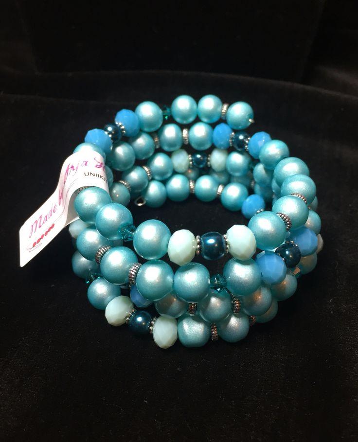 Memory Wire bracelet, Made by Arja Hannele
