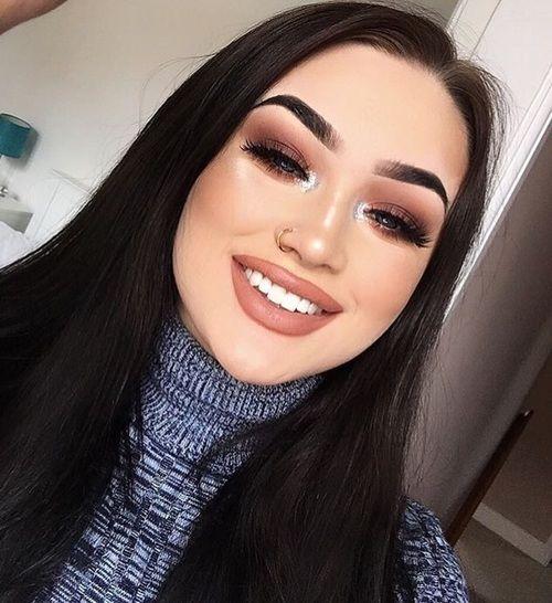 grafika girl, cosmetics, and fashion