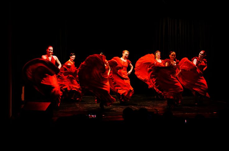 Always red flamenco. Modo de Vida concert. Moscow. Bolero.su dance co #фламенко #flordelflamenco #spanishow #flamenco  @ Москонцерт