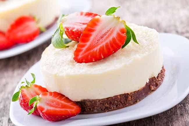 Gezonde tussendoortjes - citroencheesecake met aardbeien