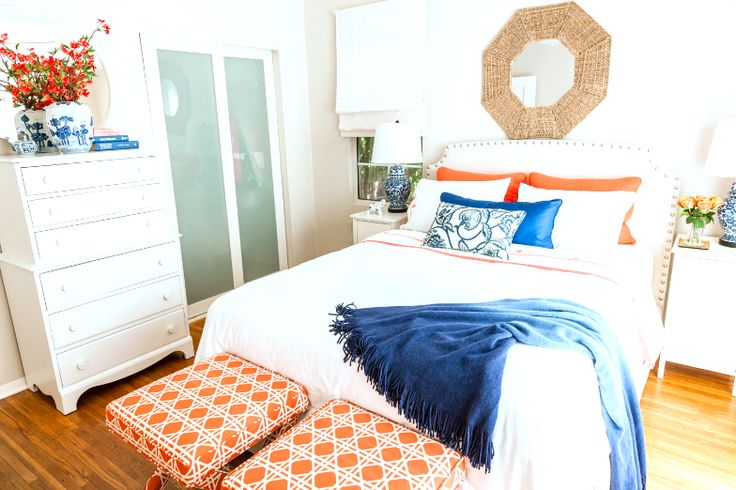 20 best images about blue and gold settings on pinterest for Cobalt blue bedroom ideas