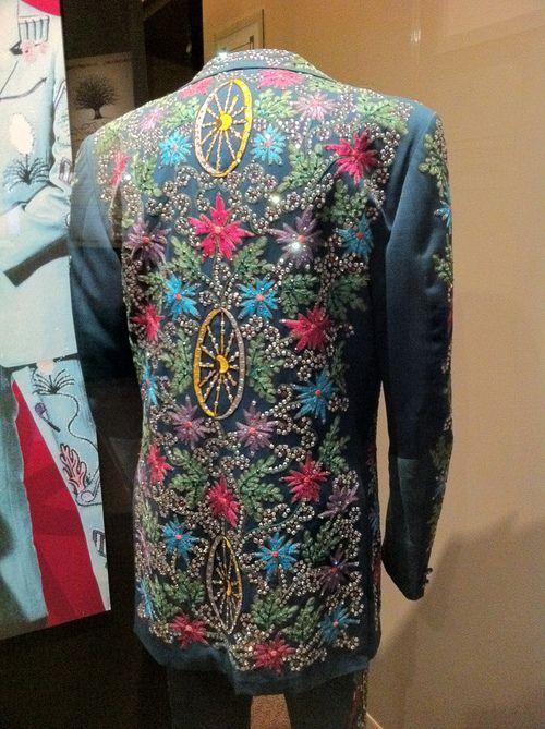 thomasbonar:  Porter Wagoner's rhinestone jacket