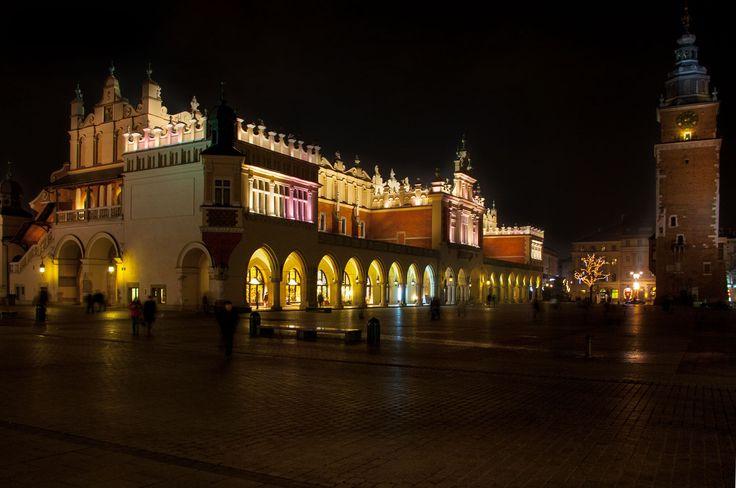 Kraków, Rynek Główny, Sukiennice, grudzień / Krakow, Market Square, Cloth hall, December
