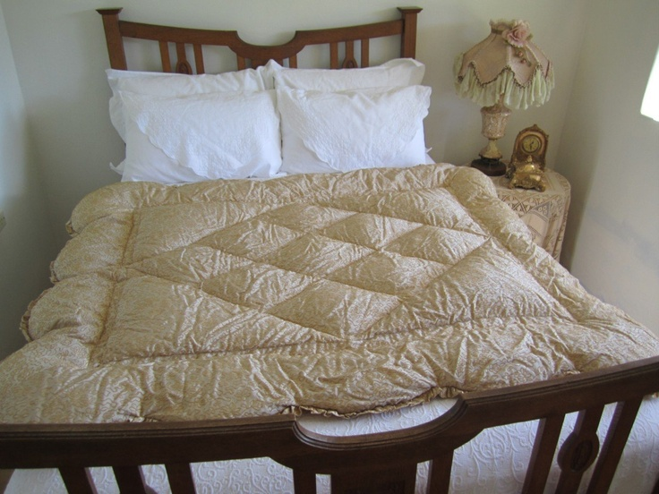 41 Best Antique Eiderdowns And Quilts Images On Pinterest