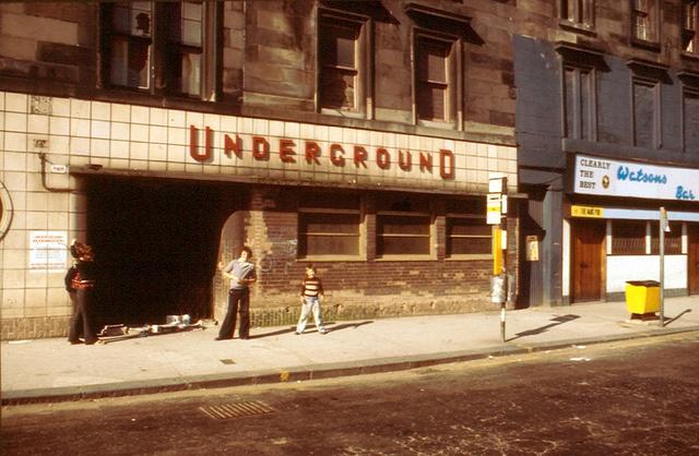 Glasgow subway, Govan X station by Stuart Neville, via Flickr
