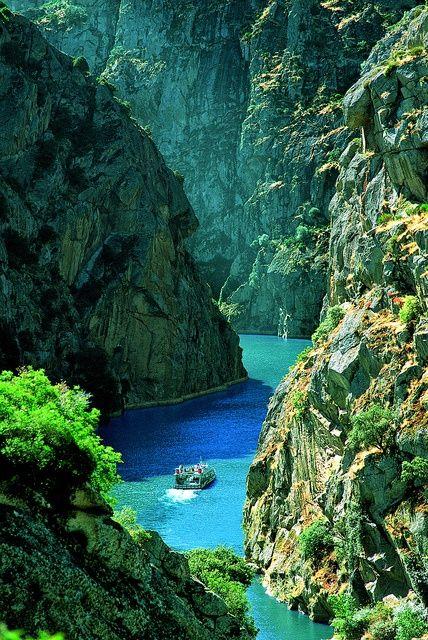 Rocky Canyon, Douro River, Portugal photo via besttravelphotos