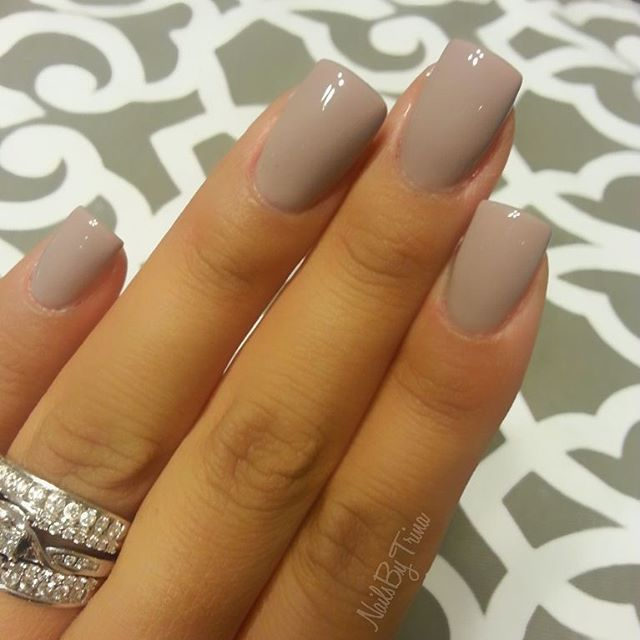 Nail Salons And Trendy Hair: DND Gel Polish Seasoned Beige