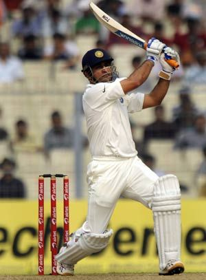 MS Dhoni asked to draw a plan for 2015 World Cup